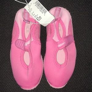 Children's Place Toddler Girl Pink Water Shoes NWT